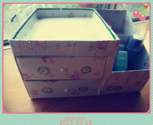 纸箱做的桌面收纳盒方法图解