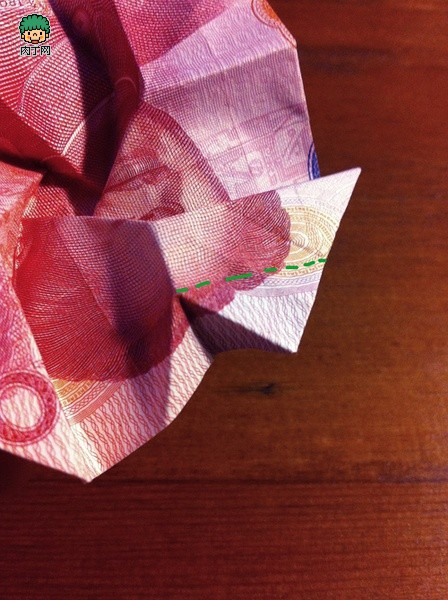 动手-用钱折玫瑰花步骤图解