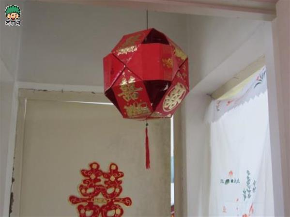 intro: 用旧红包diy新年灯笼挂饰手工制作图解